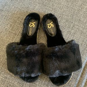 Yosi Samra black faux fur slipper